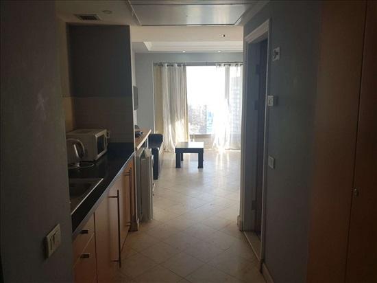דירה להשכרה 2 חדרים ברמת גן מגדל לאונארדו סיטי טאוור  דרך מנחם בגין לאונארד...