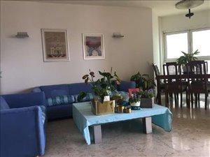 דירה להשכרה 5 חדרים בהרצליה צמרות