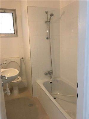 דירה להשכרה 4.5 חדרים בהרצליה המקובלים