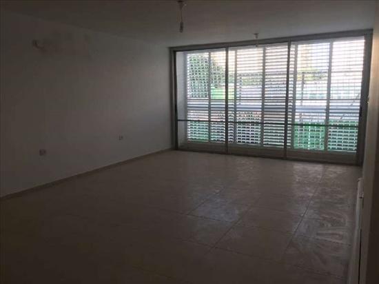 דירה להשכרה 4.5 חדרים בהרצליה המקובלים  הצעירה