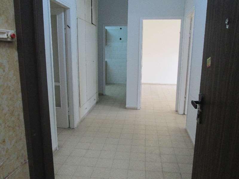 תמונה 4 ,דירה 3 חדרים חיים עוזר מרכז פתח תקווה