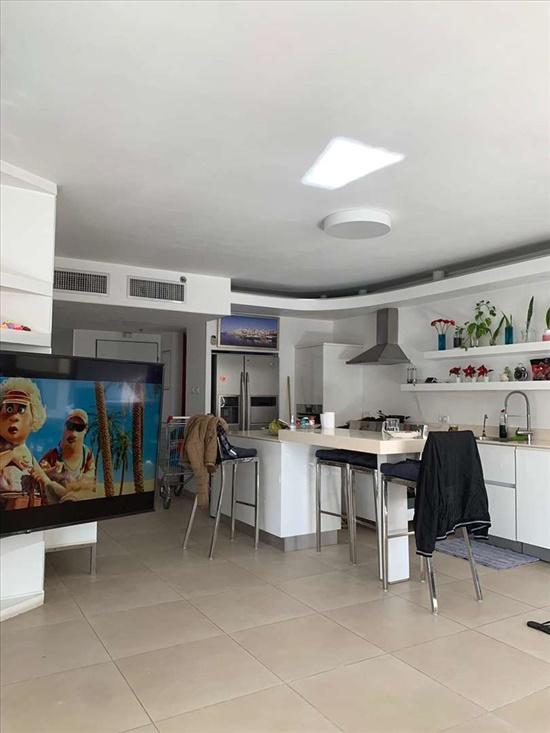 דירה להשכרה 4 חדרים בתל אביב יפו ארתור רובינשטיין הגוש הגדול