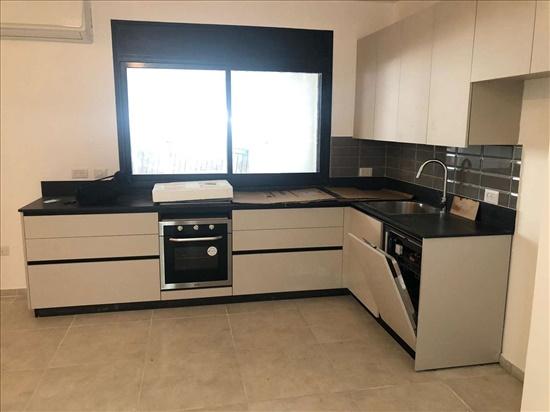 דירה להשכרה 5 חדרים בתל אביב יפו ברנדייס הצפון הישן