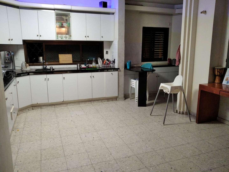 תמונה 2 ,דירה 4 חדרים התשעים ושלוש ביהח השרון פתח תקווה
