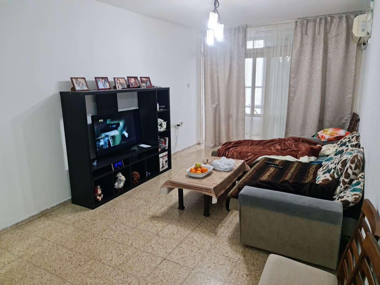 דירה להשכרה 3 חדרים בראשון לציון שפינוזה אברמוביץ