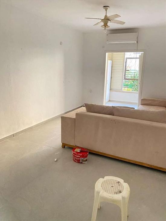 דירה להשכרה 2 חדרים בבת ים טרומפלדור בית וגן