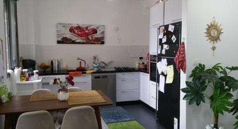 דירה להשכרה 5 חדרים בחדרה  פארק החלומות