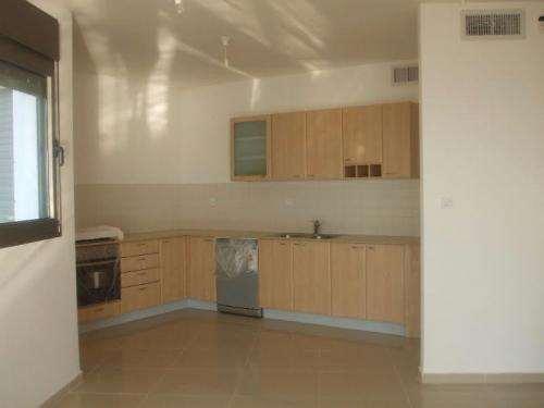 פנטהאוז להשכרה 6 חדרים בחדרה