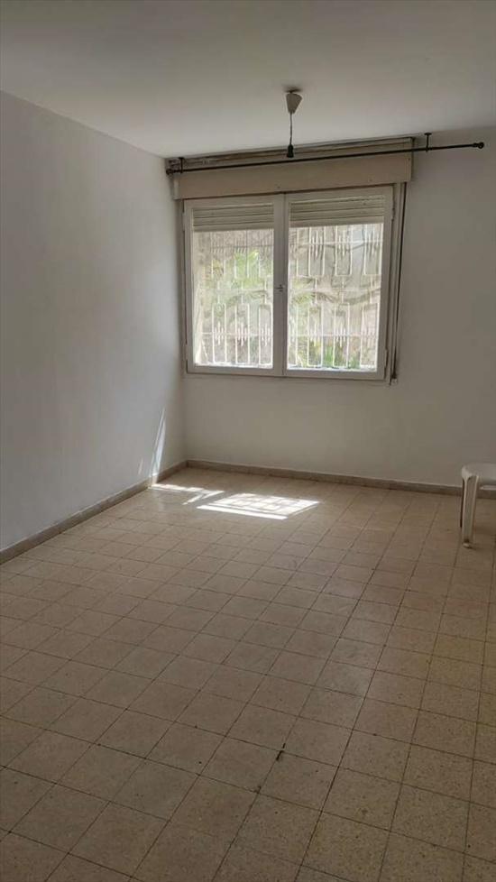 דירת גן להשכרה 3 חדרים בירושלים שחל גבעת מרדכי