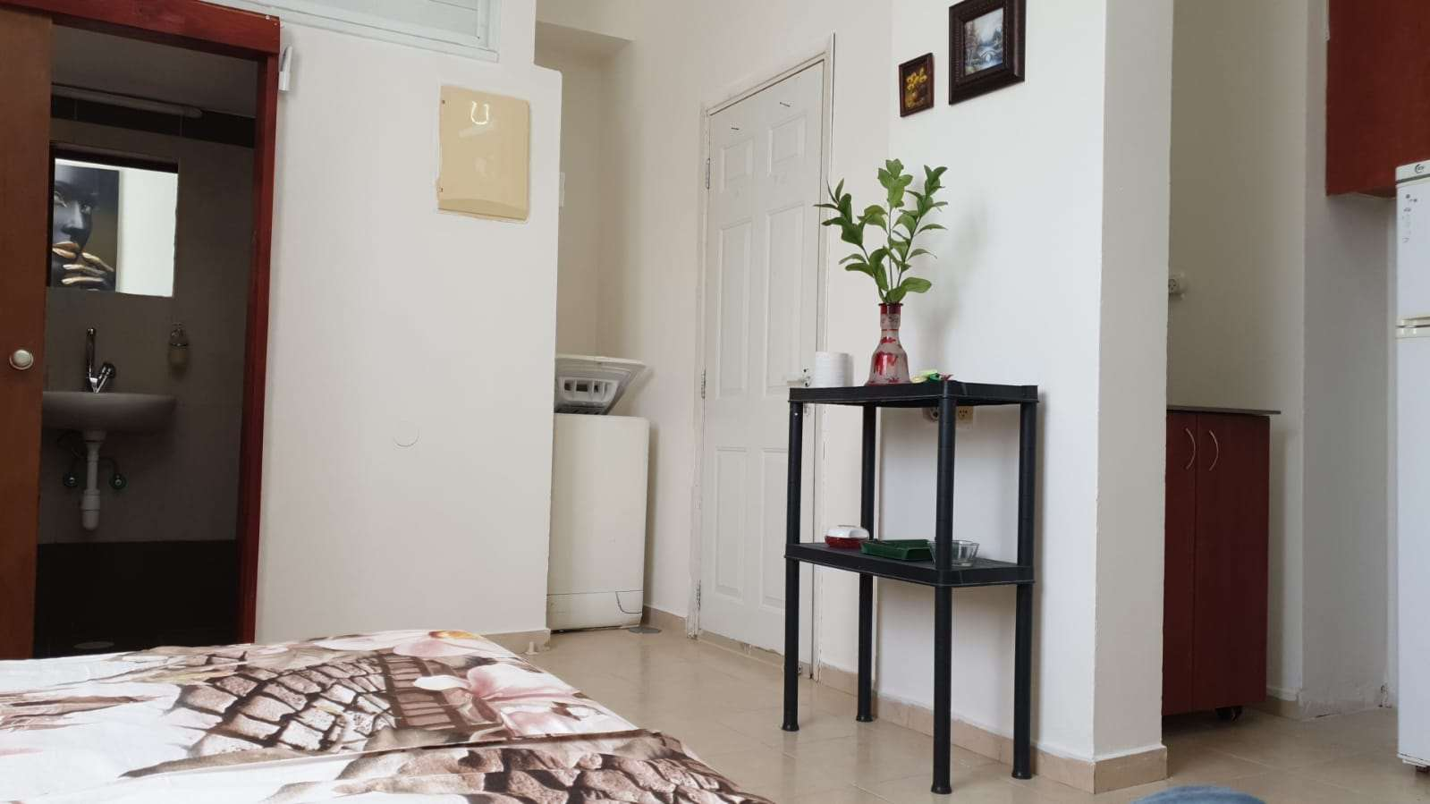 תמונה 3 ,דירה 1 חדרים חיים עוזר מרכז פתח תקווה