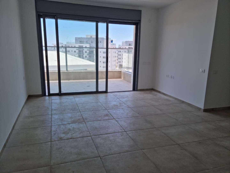 תמונה 2 ,דירה 5 חדרים חברותא 6 בצוותא  חריש בצוותא 5 חד