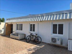 יחידת דיור להשכרה 3 חדרים בהרצליה מגן דוד