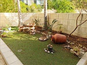 דירת גן להשכרה 4.5 חדרים בתל אביב יפו לוין קיפניס