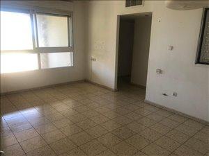 דירה להשכרה 3 חדרים באור יהודה שדרות מנחם בגין