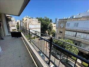 דירה להשכרה 4 חדרים בתל אביב יפו שפינוזה