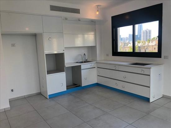 דירה להשכרה 4 חדרים בתל אביב יפו יציאה לרחוב לה גווארדיה