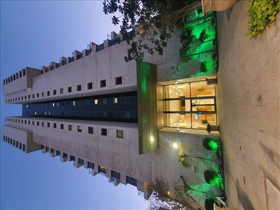 דירה להשכרה 4.5 חדרים ברמת גן האשל מרכז