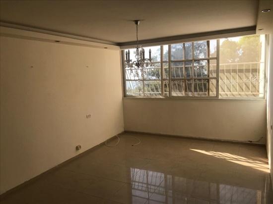 דירה להשכרה 4 חדרים בחיפה סטפן וייז רמת שאול