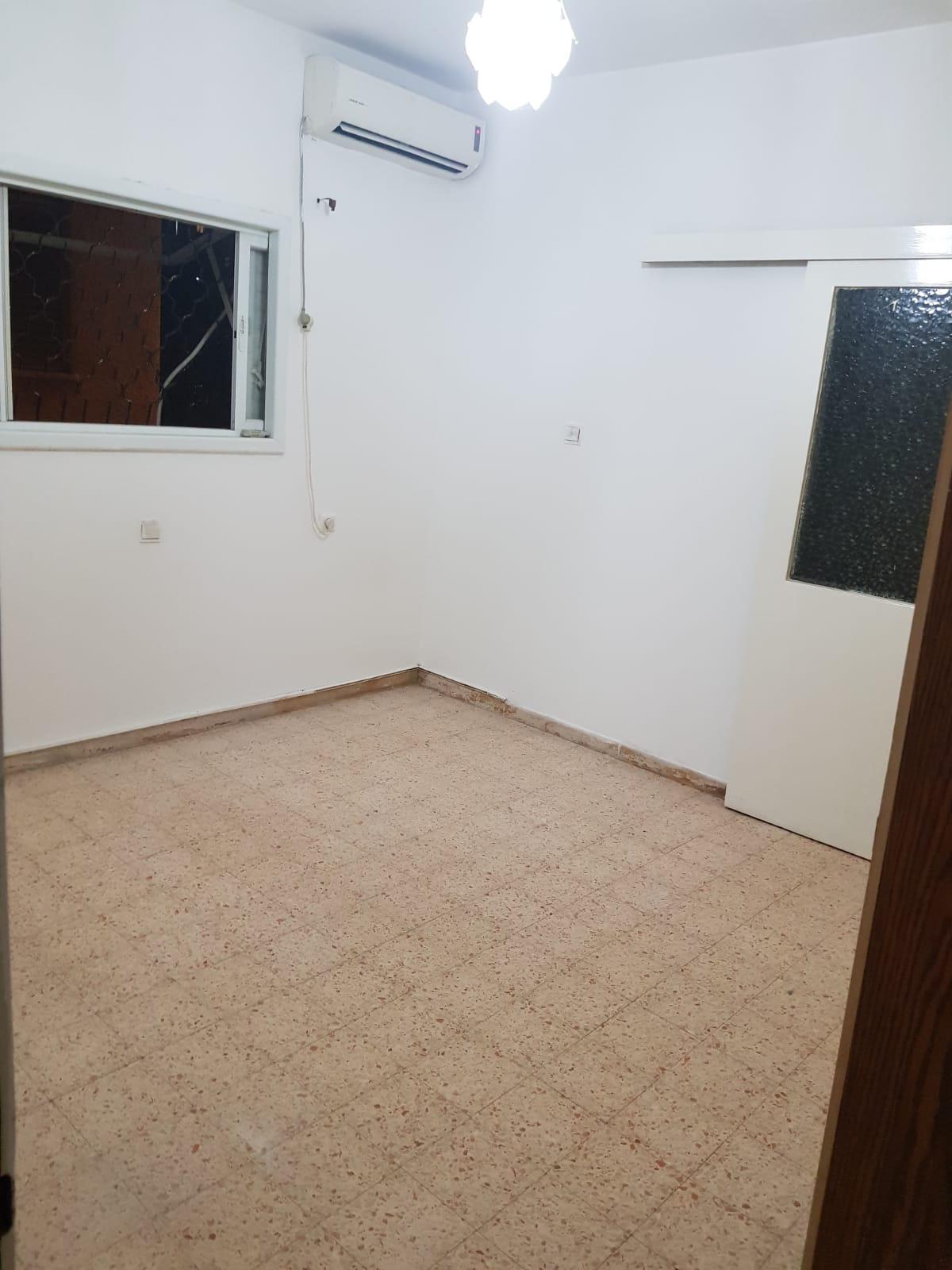תמונה 2 ,דירה 4 חדרים רוטשילד ביהח השרון פתח תקווה