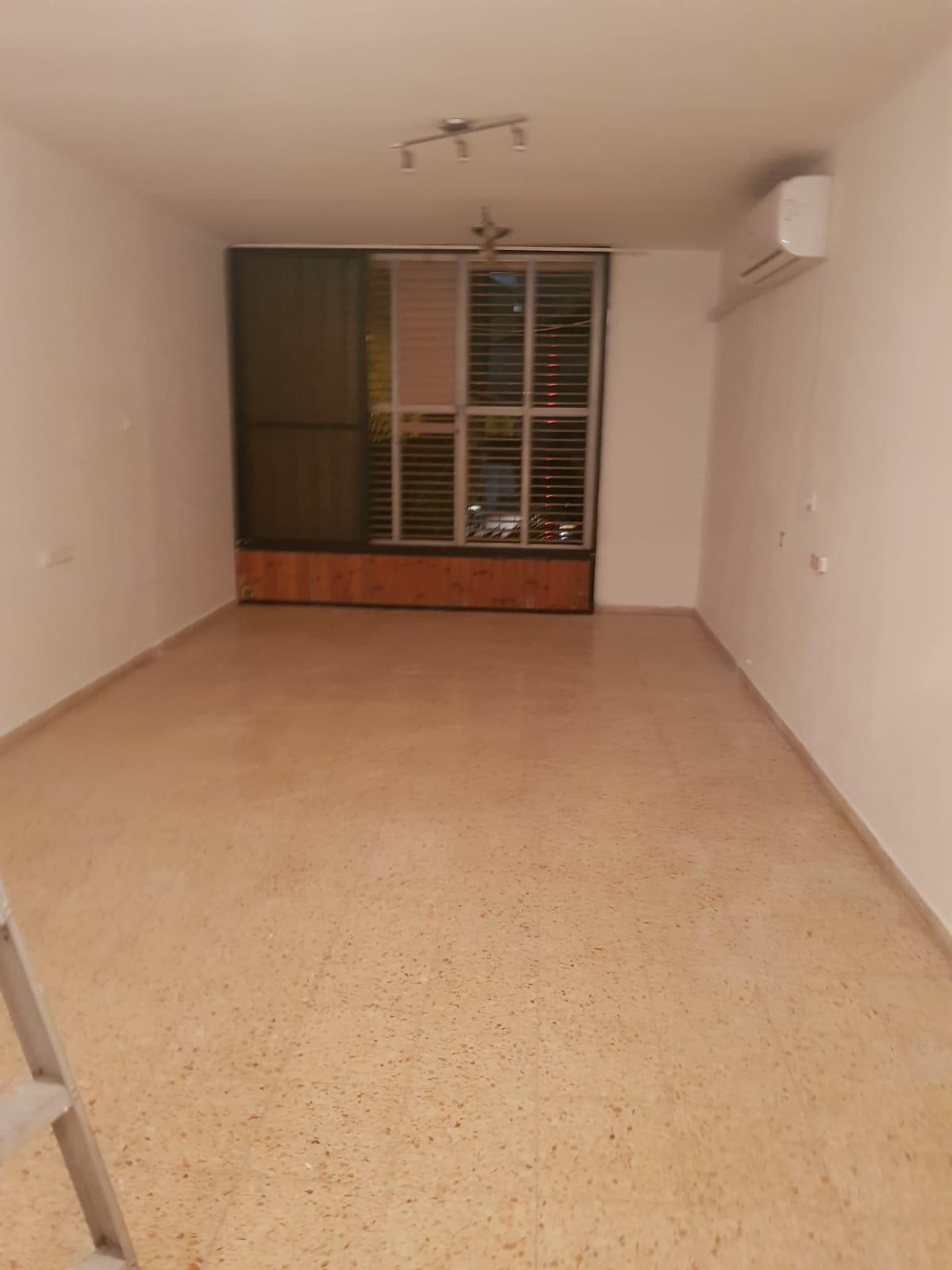תמונה 3 ,דירה 4 חדרים רוטשילד ביהח השרון פתח תקווה