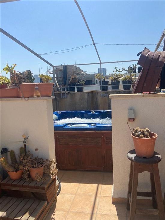 דירת גג להשכרה 3 חדרים בתל אביב יפו דיזנגוף הצפון הישן