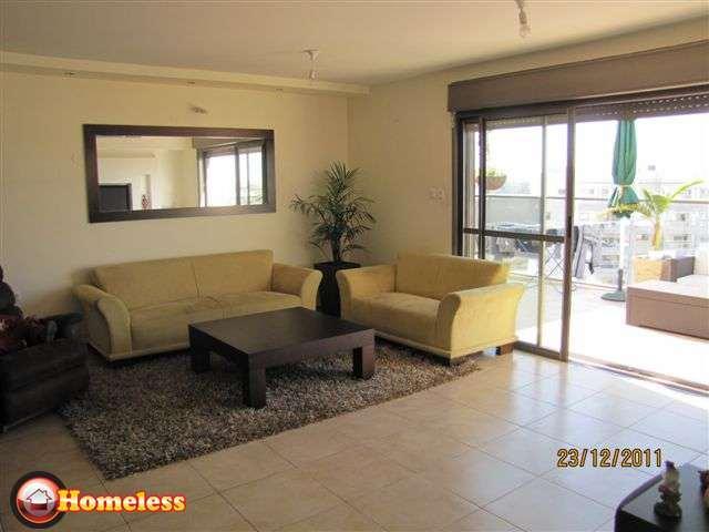 הגדול מיני פנטהאוז למכירה 5 חדרים בסביוני נצר נס ציונה, האימהות נס ציונה MM-12