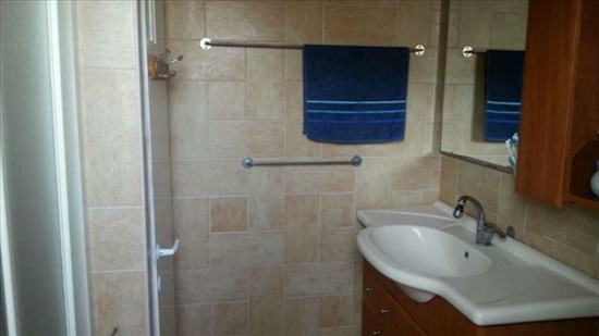 דירה למכירה 4.5 חדרים בחיפה נתיב חן נוה שאנן