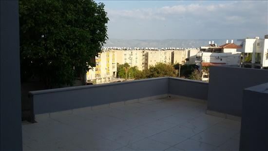 דירת גן למכירה 4 חדרים בטבריה רמח''ל 23 שיכון ב'
