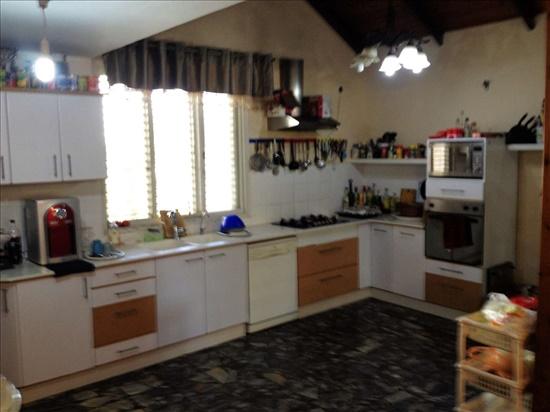 בית פרטי למכירה 10 חדרים בקרית מלאכי חנה סנש חב''ד