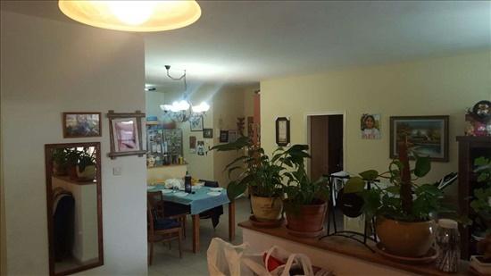 דירה למכירה 4 חדרים בצפת מצפה האגם רמת מנחם בגין