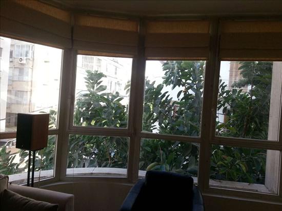 דירה למכירה 4 חדרים בתל אביב יפו  בר אילן