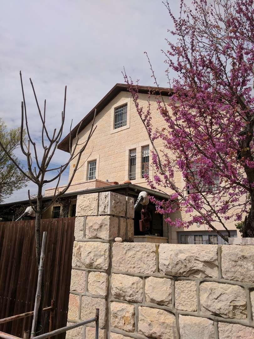 בית פרטי, 9 חדרים, מצפה, גבעת זאב
