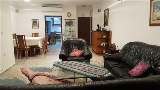 דירה למכירה 4 חדרים ברעננה הר סיני