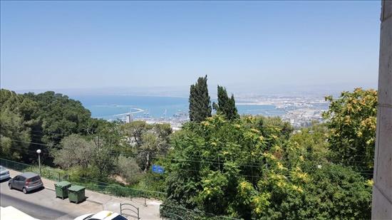 דירה למכירה 6 חדרים בחיפה יפה נוף