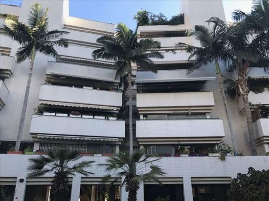 דירה למכירה 4.5 חדרים בהרצליה הבעש''ט 4
