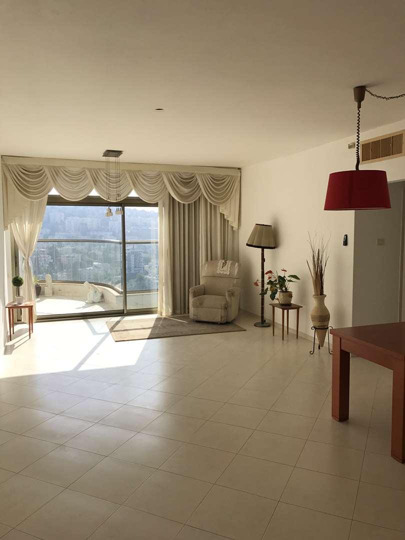 דירה, 3 חדרים, ורדיה, חיפה
