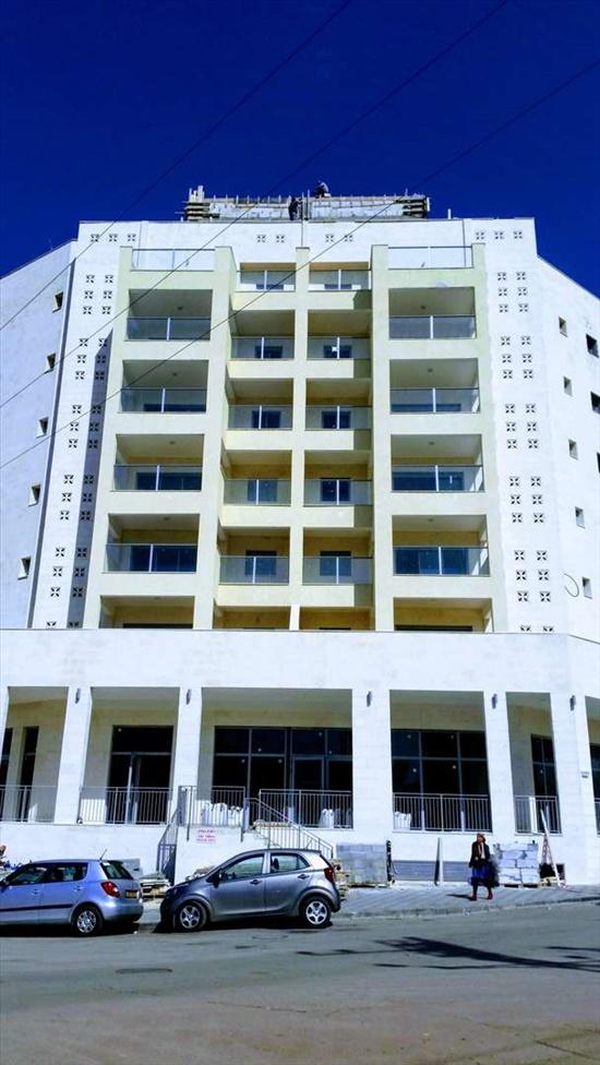 דירה למכירה 4 חדרים בקרית מלאכי שדרות דוד בן גוריון בן גוריון 12
