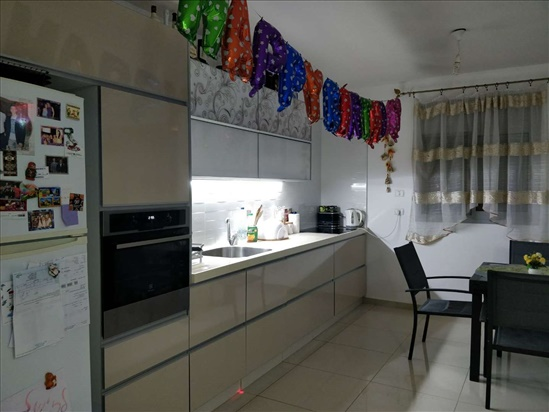 דירה למכירה 4 חדרים באופקים קרית מנחם דובדבן