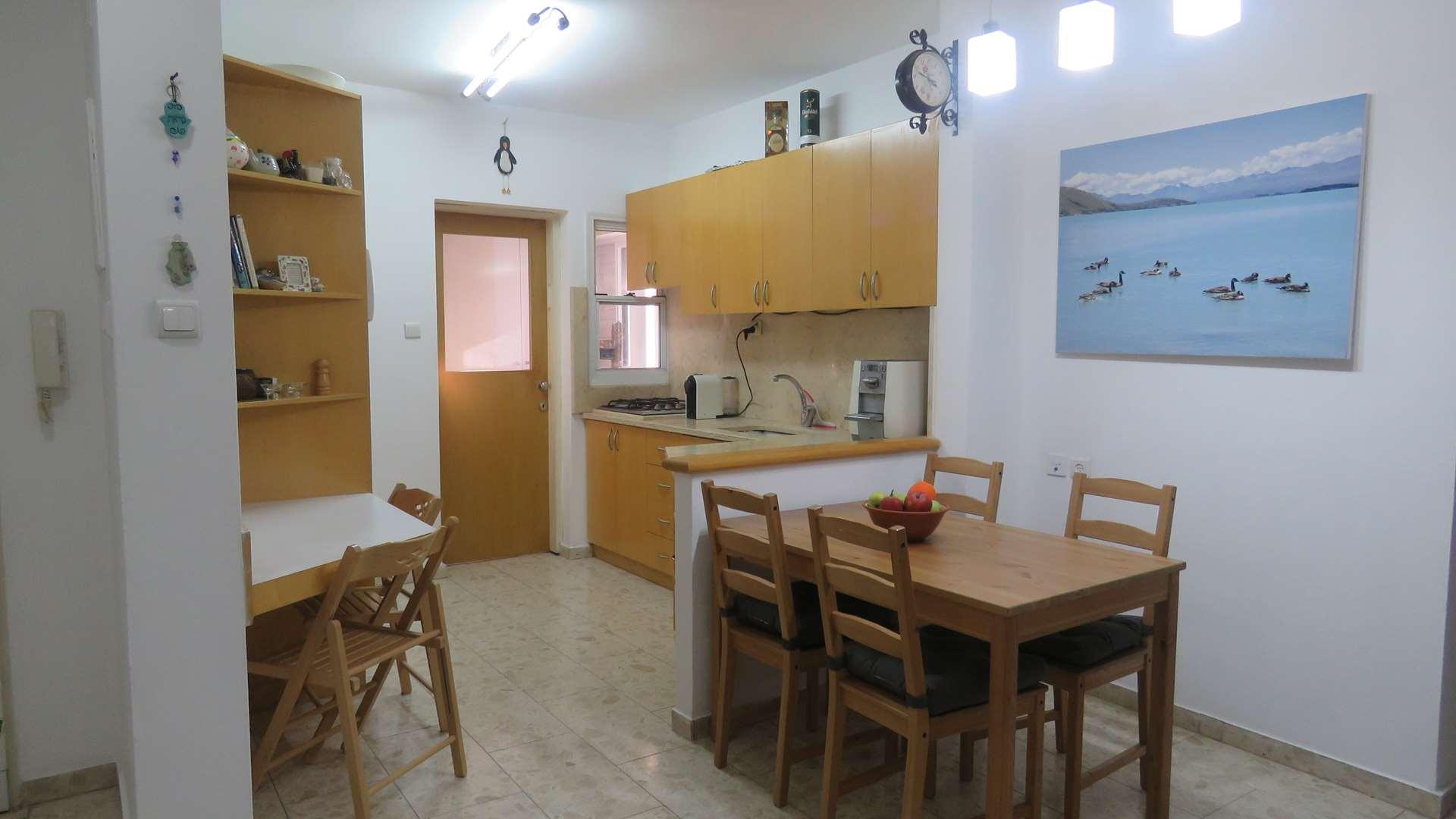 דירה, 3 חדרים, יגאל אלון, רמת הש...