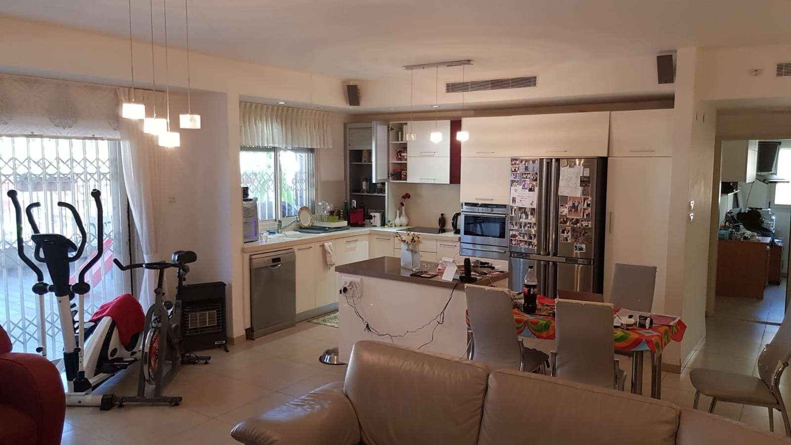 דירה, 5 חדרים, ורדיה, חיפה