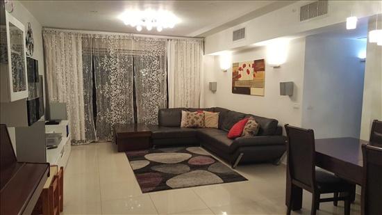 דירה למכירה 5 חדרים בפתח תקווה יעל רום אם המושבות
