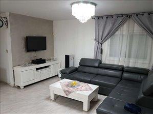 דירה למכירה 5 חדרים בחדרה הראשונים