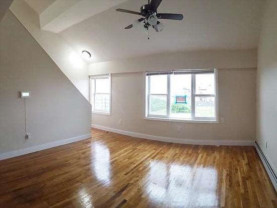 דירה למכירה 10 חדרים בניו יורק ברוקלין בושויק
