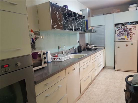דירה למכירה 4 חדרים בנשר השזיף רמות יצחק