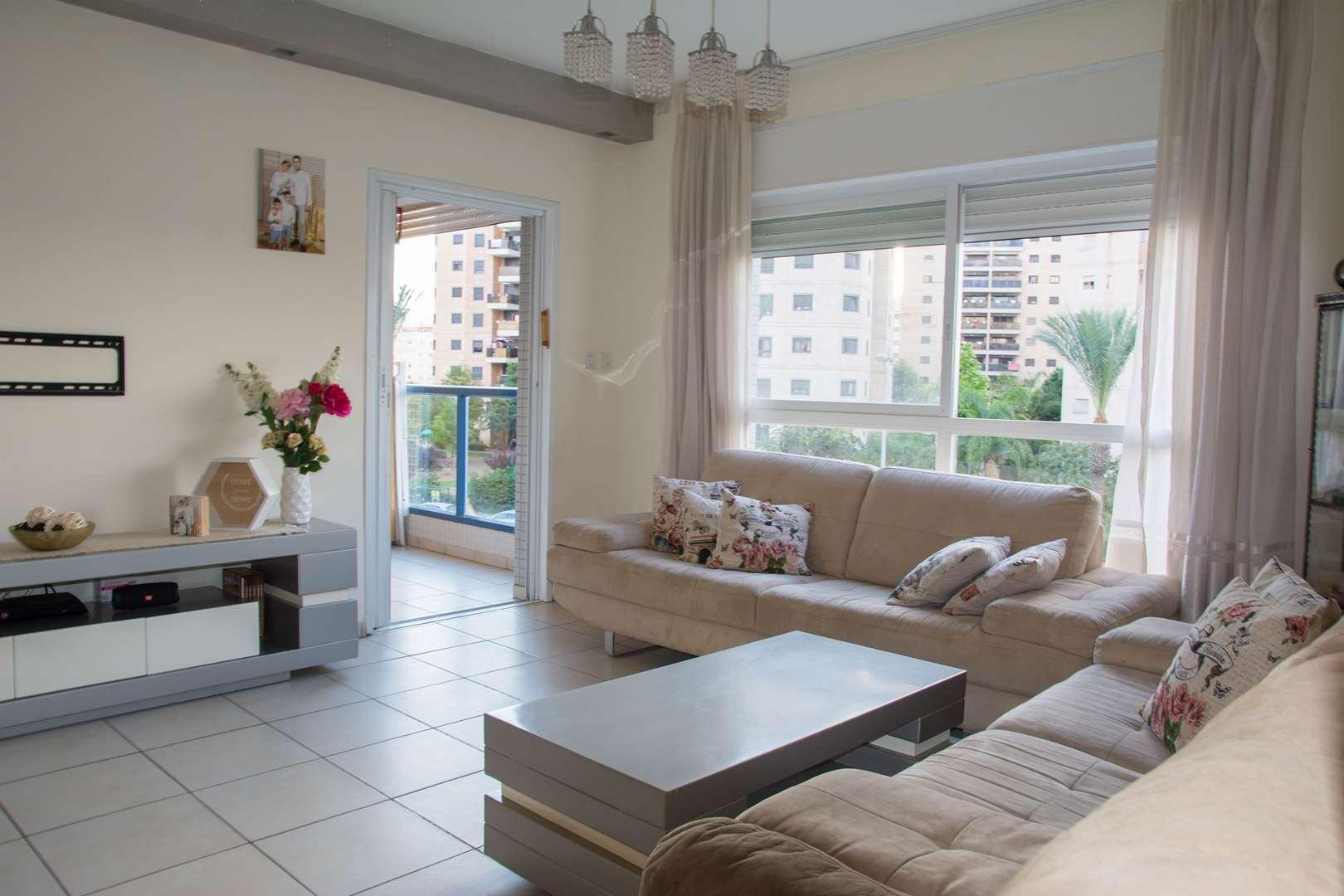 דירה, 4 חדרים, הרב מכלוף יאנה, נ...