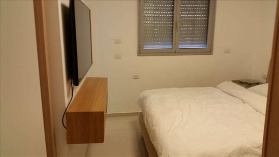 דירה למכירה 5 חדרים ברעננה שביל הזהב