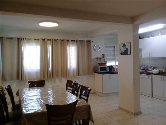 דירה למכירה 4.5 חדרים בטבריה יהודה הנשיא