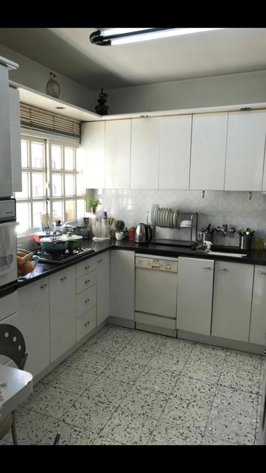 דירה למכירה 4 חדרים בחולון צפת קרית שרת