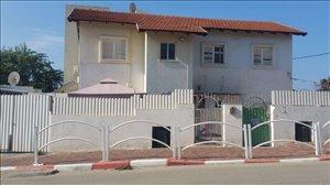 בית פרטי למכירה 6.5 חדרים בגן יבנה ההדרים