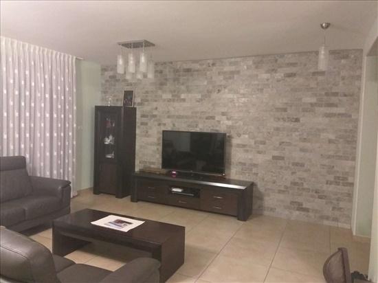 דירה למכירה 4 חדרים ברחובות פקיעין אבן גבירול